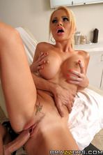 Alexis Ford Porn Pictures 08