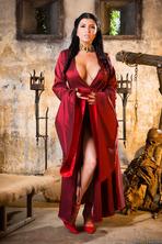 Queen Of Thrones: Part 2 (A XXX Parody) 05