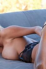 Hanna Hilton Natural Boobs 02
