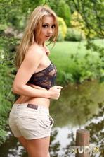 Hot Blonde Dionne Daniels 08