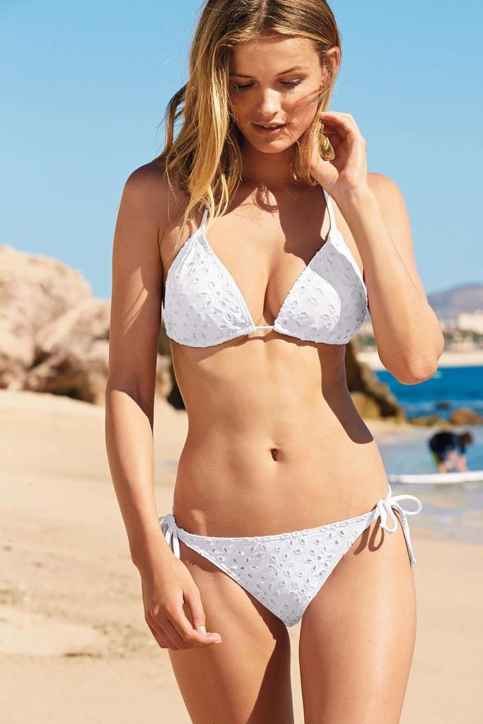 Edita Vilkeviciute Posing In Sexy Bikinis 05