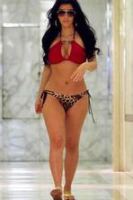 Kim Kardashian 09