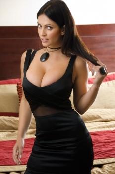 Denise Milani 00