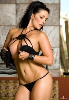 Denise Milani 02