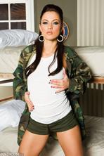 Alyssa Reece 01