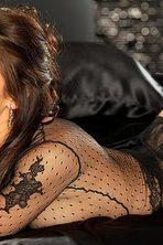 Lauren Elise Slips Off Her Black Lingerie 11