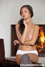 Eden Arya Slow Burn 04