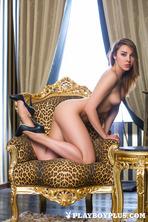 Hot Brunette Daniela 19