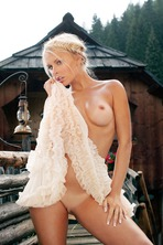 DENISE COTTE IN PLAYBOY GERMANY 03