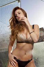 Naked Babe Leanna Decker 03