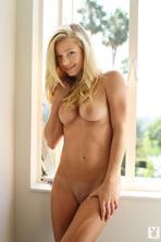 Nikki Leigh 12