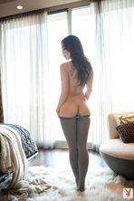 Kitty Lee Gets Naked  15