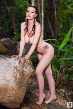 Elizabeth Marxs  Strips Off Her Sexy Bikini 12