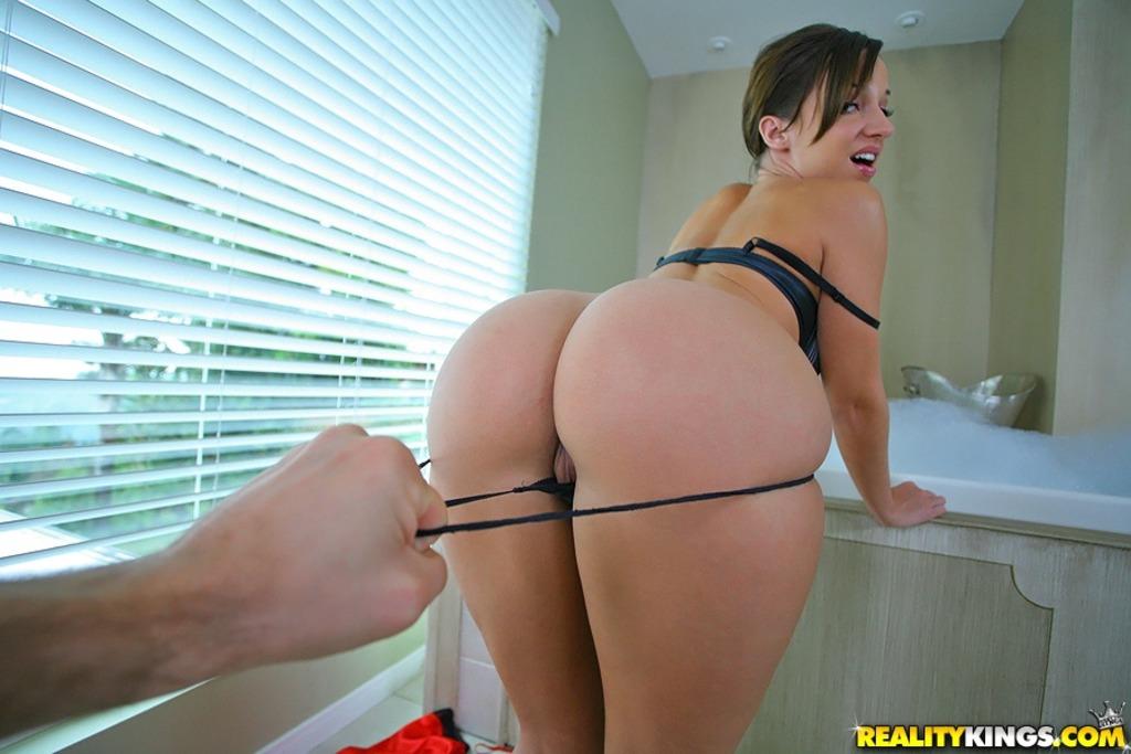 Jacia Stevens 04