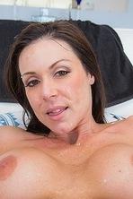 Kendra Lust Stunning Sexy MILF  14