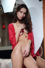 Sultry beauty Dita V is irresistible 14