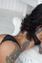 Nika A Inked Babe Posing 03