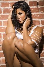 Wet Sunny Leone 12