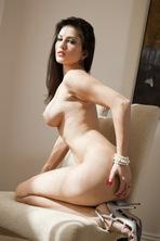 Sunny Leone Strips Off Her White Bra  13