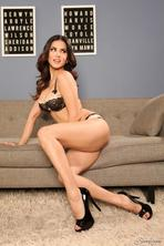 Sunny Leone Strips Off Her Sexy Black Lingerie 03