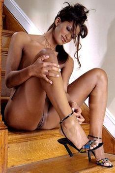 Busty Babe Dorothy Teixeira