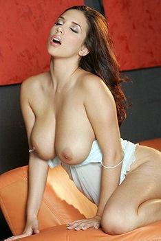 Sexy Babe Jelena Jensen