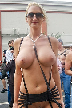Hot Amazing Naked Young Girls