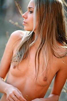 Sweet Young Keia Nude