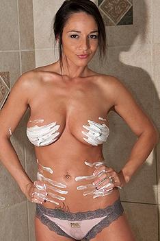Busty Nikki Sims