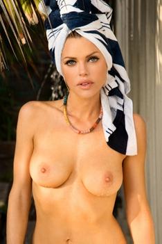 Hot Blonde Sophie Monk