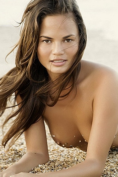Christine Teigen Totally Nude