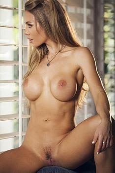Nicole Aniston Afternoon