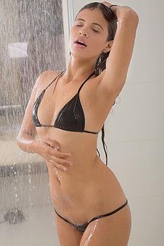 Sexy Latina Kiara
