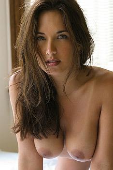 Zoe Britton Sexy Babe