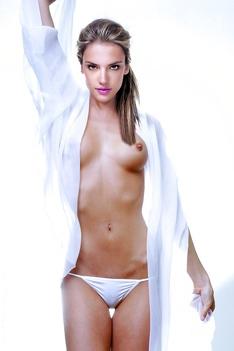 Alessandra Ambrosio NUDE!