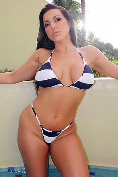 Brianna Jordan Strips Off Her Striped Bikini