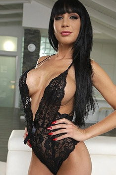Busty Valentina Ricci In Sexy Black Lace Bodysuit