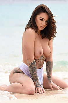 Sexy Latina Mica Martinez