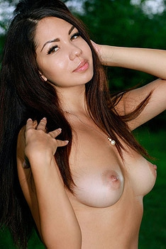 Hot Brunette Girl Romana