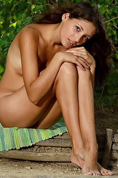 Hailey Posing Naked Outdoor