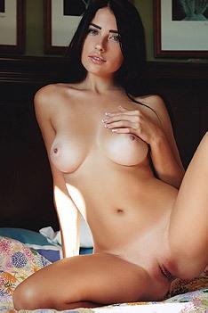 Niemira Natural Boobs