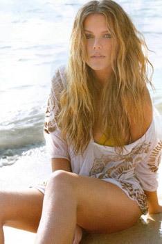Hot Blonde  Model Brooklyn Decker