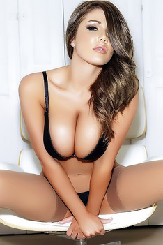 Lucy Pinder On A Hot Ride